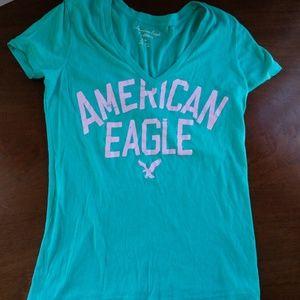 American Eagle Women's Logo V-Neck Tee - Medium